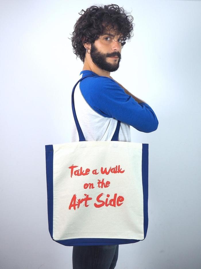 """Tote bag de algodon con frase """"take a walk on the art side"""" de Sisteria Shop"""